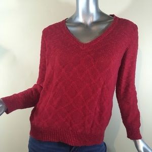 Route 66 Juniors Large Red V Neck Sweater,
